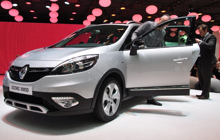 Renault Scenic Xmod - Profilo frontale - Ginevra 2013