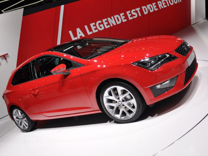Seat Leon SC - Frontale - Ginevra 2013