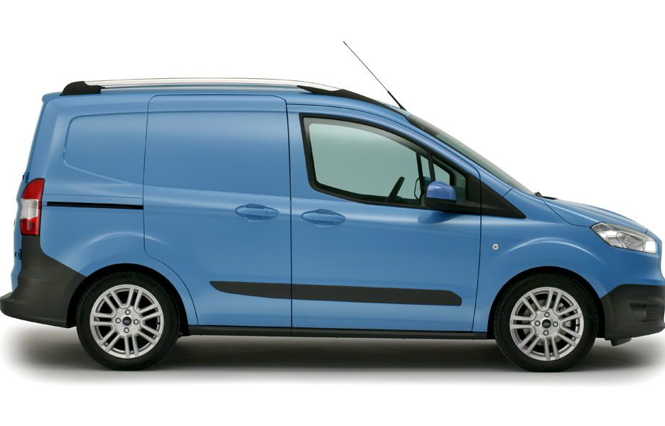 Ford Transit Courier - laterale
