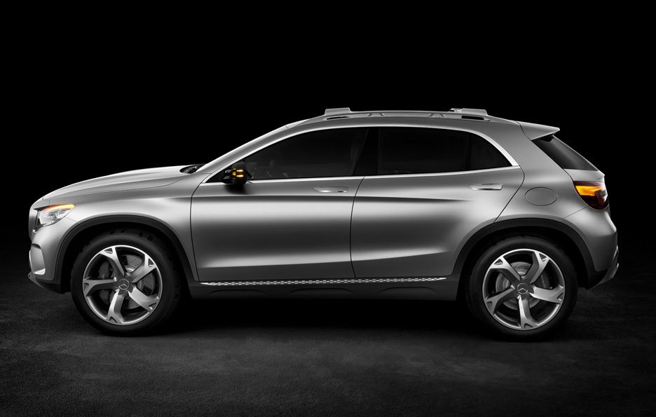Mercedes GLA Concept - Latertale