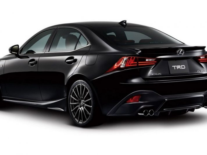 Lexus IS F-Sport TRD