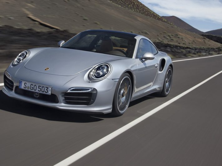 Porsche 911 Turbo S - Anteriore in motion