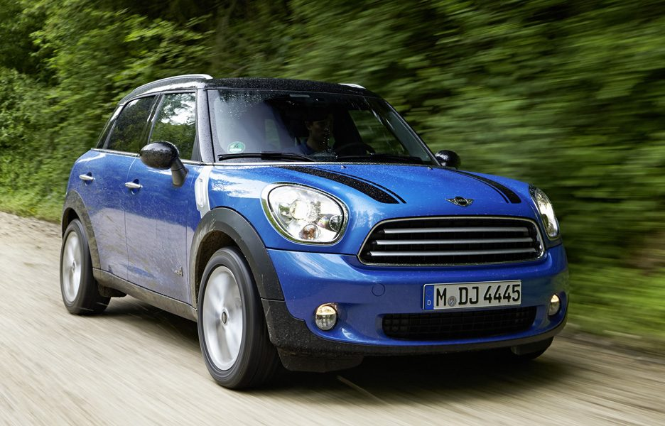 MINI Cooper Countryman ALL4 - In motion - Frontale