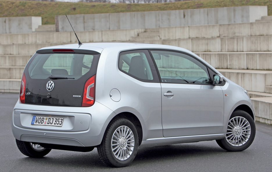 Volkswagen up! tre quarti posteriore