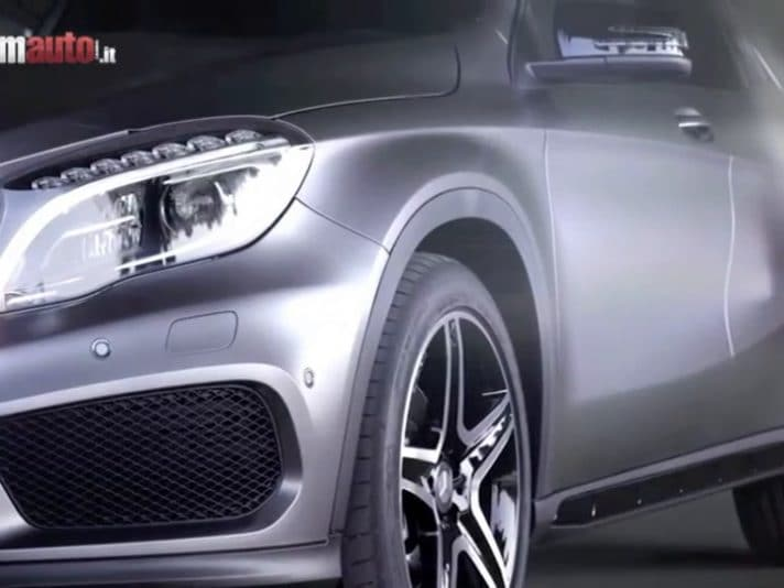 Mercedes Benz GLA, il video