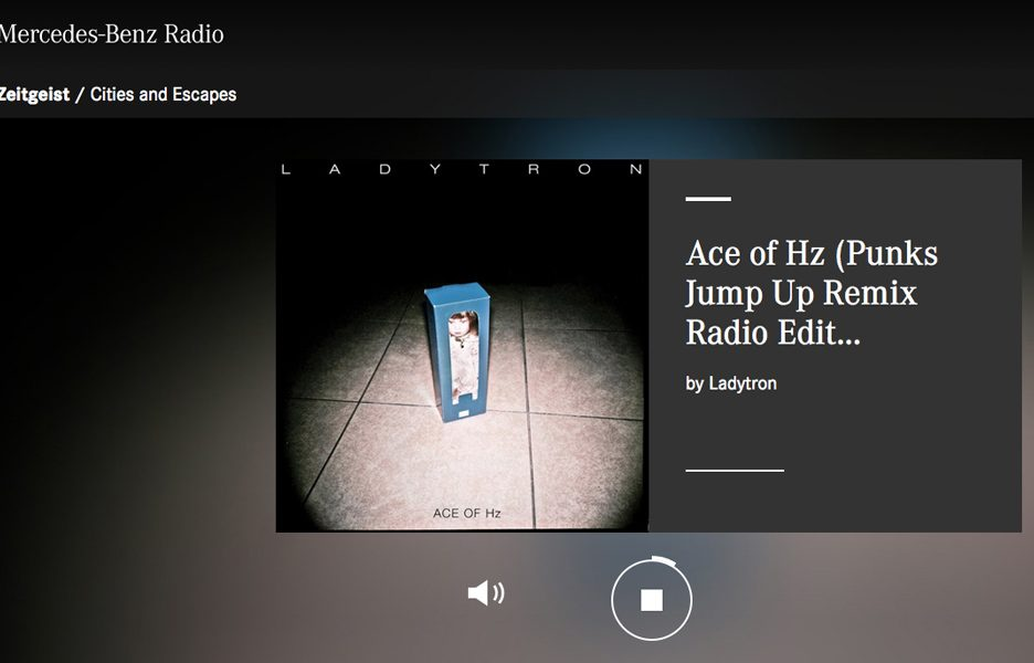 Mercedes-Benz Radio 3