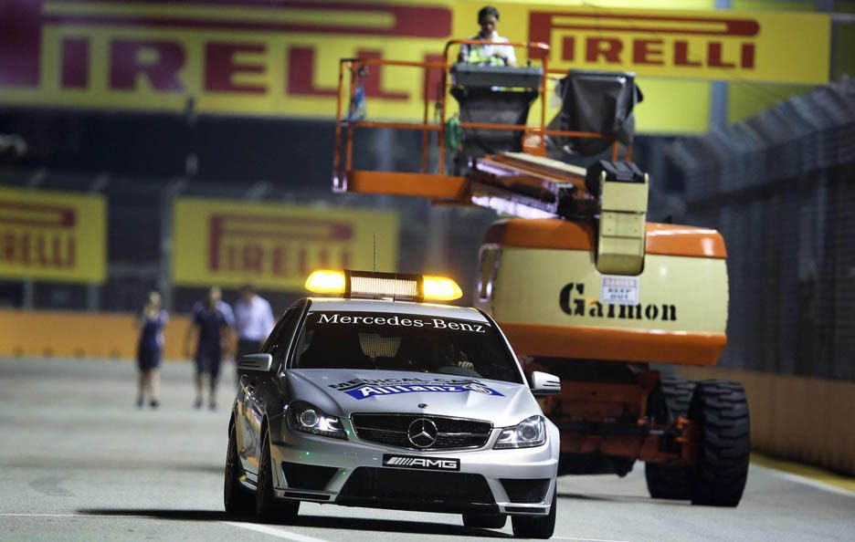 Safety car 10