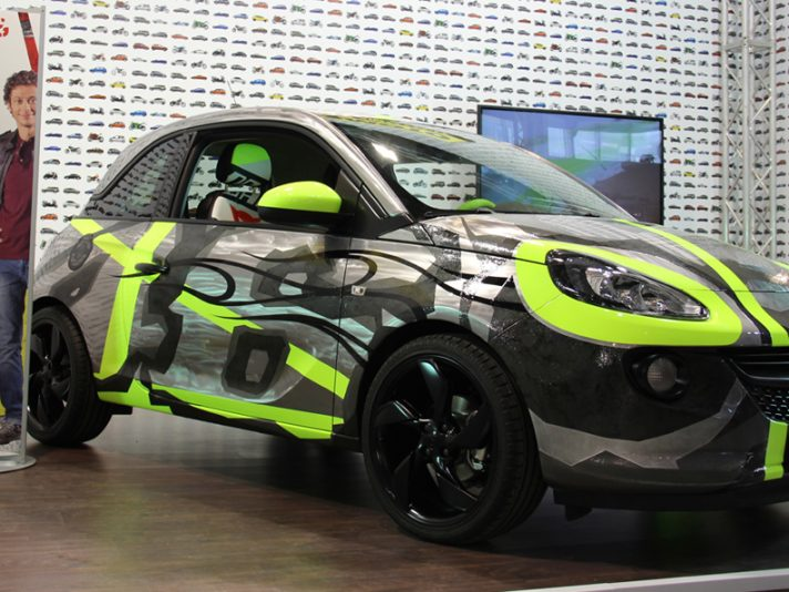 "EICMA 2013: Opel ""Adam&Vale for charity"""