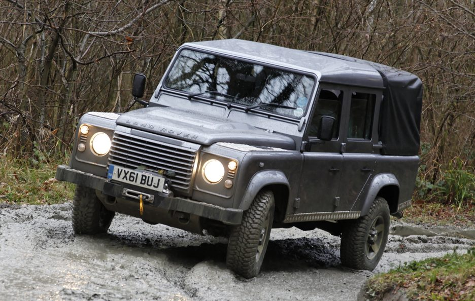 2012 - Land Rover Defender 2012 pick-up