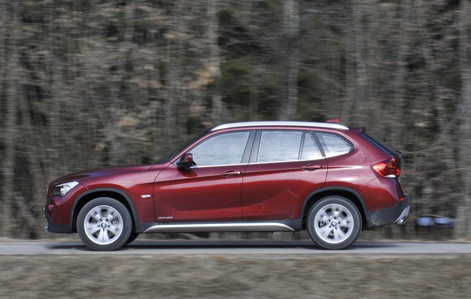 BMW X1 XDrive 28i - Laterale
