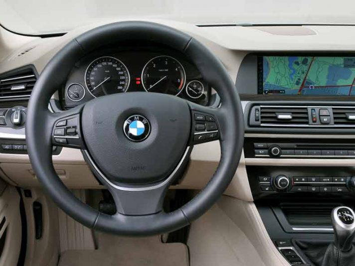 Bmw 518d Touring Interni