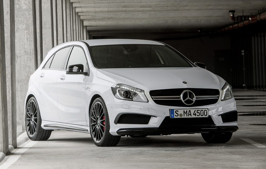 Mercedes A45 AMG - Profilo frontale