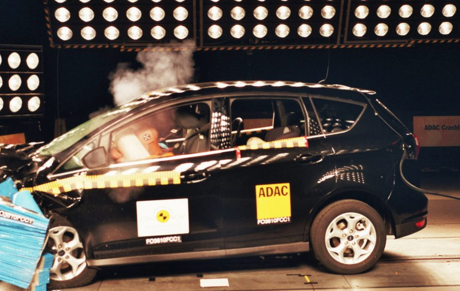 Ford C-Max crash test