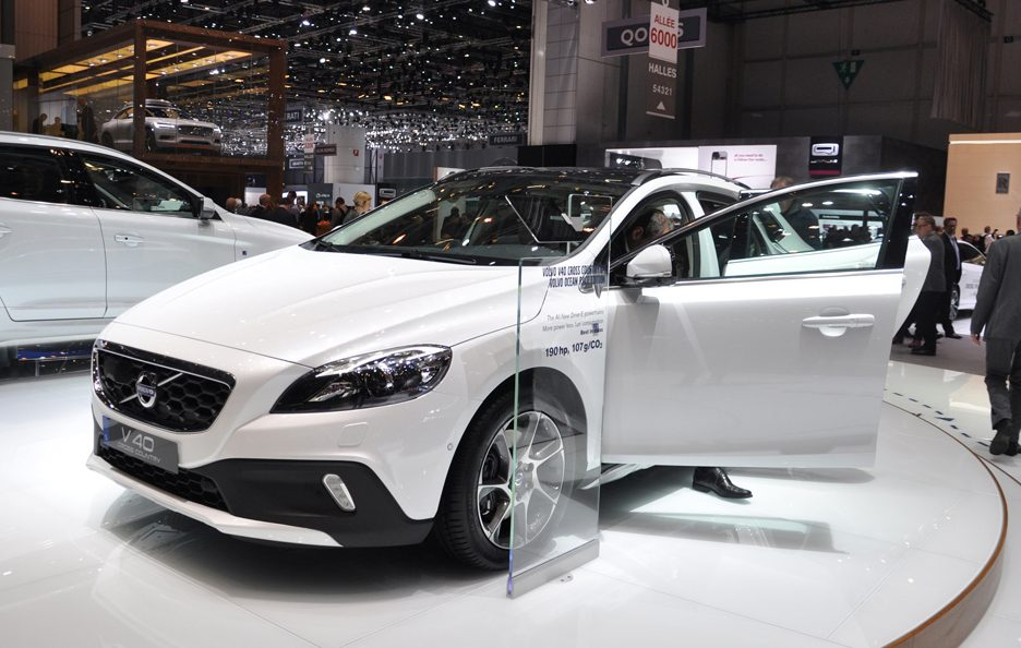 Volvo V40 Cross Country Ocean Race Edition - Ginevra 2014