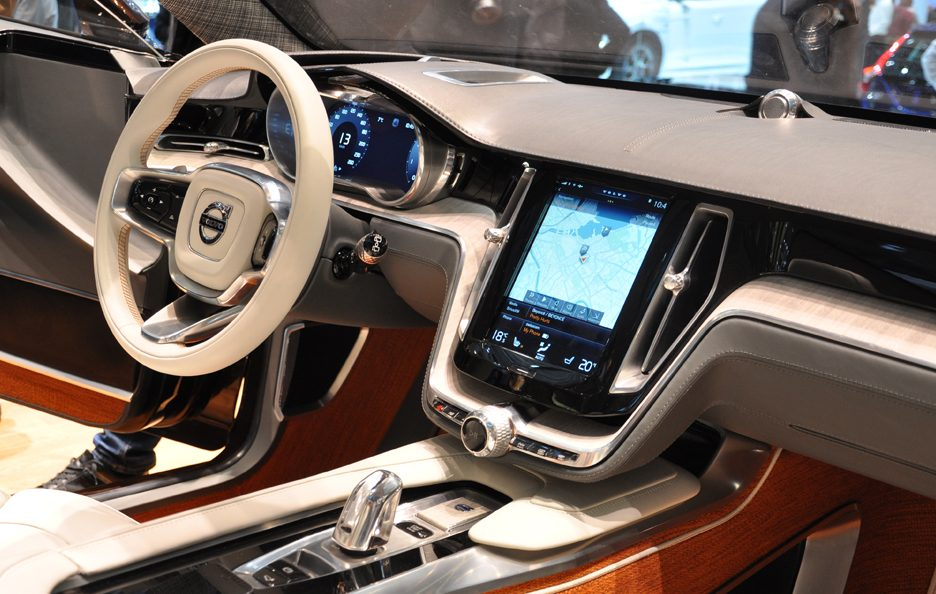Volvo Concept Estate interni - Ginevra 2014