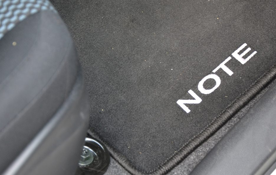 Nissan Note tappetini