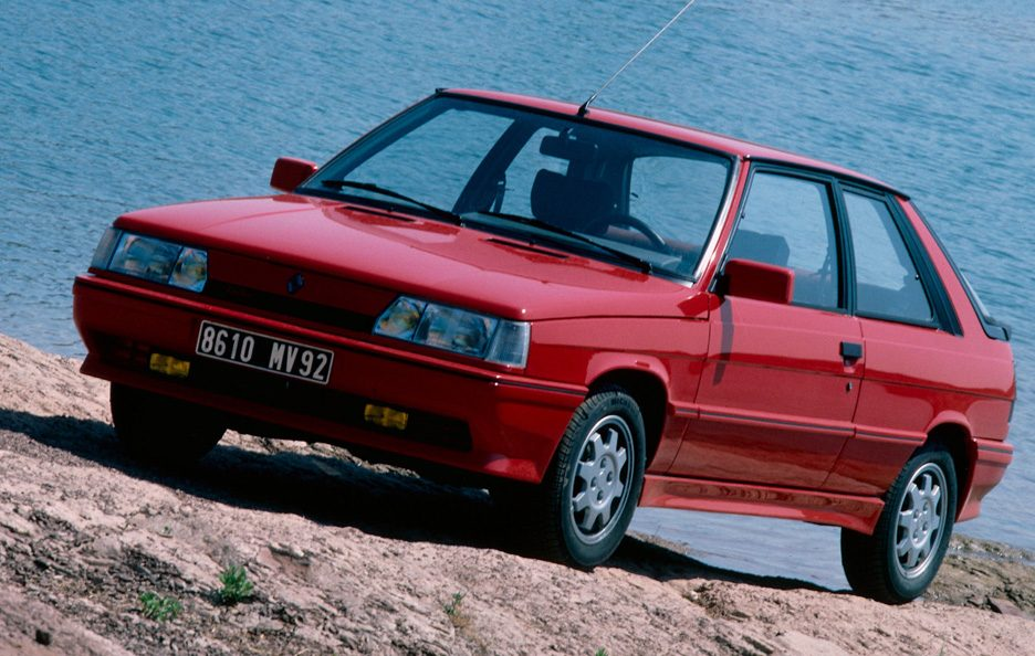 Renault 11 restyling