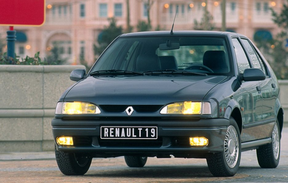 Renault 19 restyling