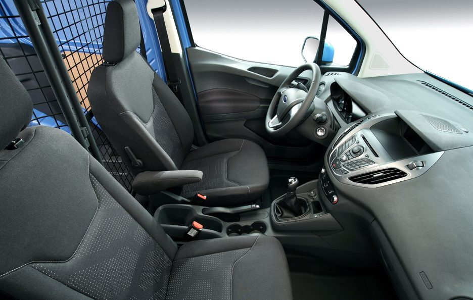 Ford Transit Courier sedili
