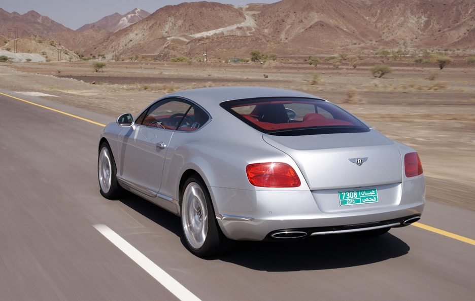Bentley Continental GT seconda generazione tre quarti posteriore
