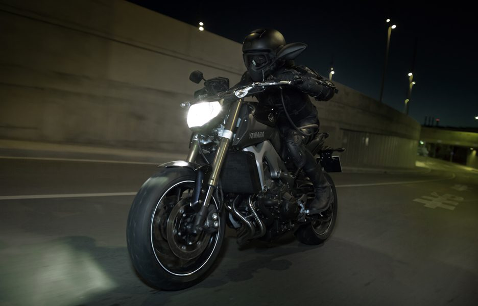 Yamaha MT-09 2014 - Action