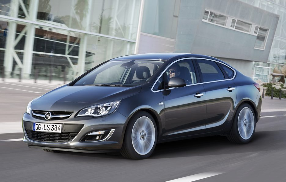 2012 - Opel Astra J Sedan restyling