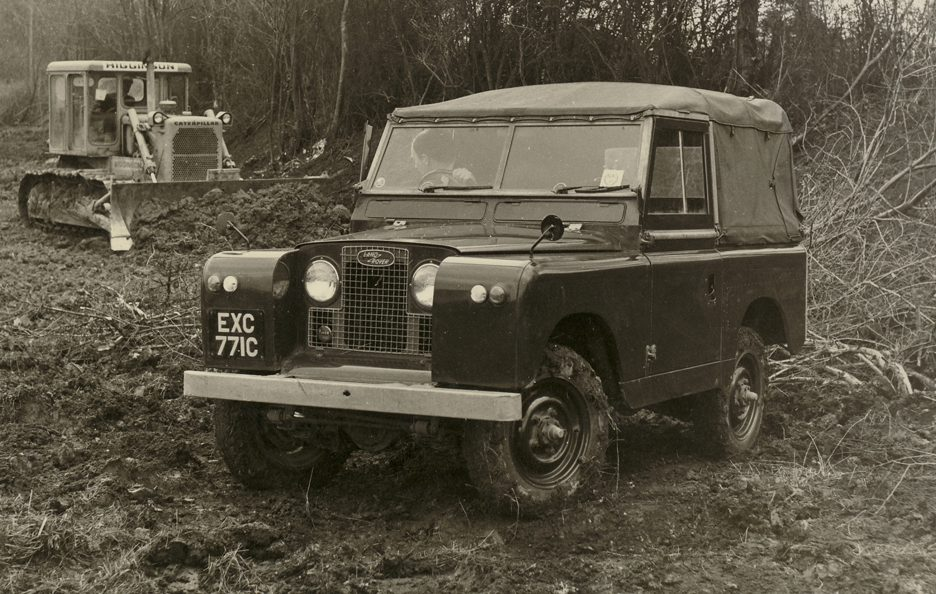 Land Rover Series II 3