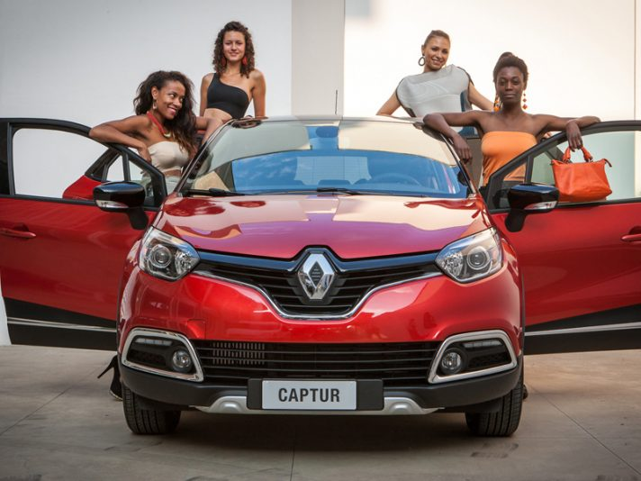 Renault Captur Project Runway: sexy e fashion