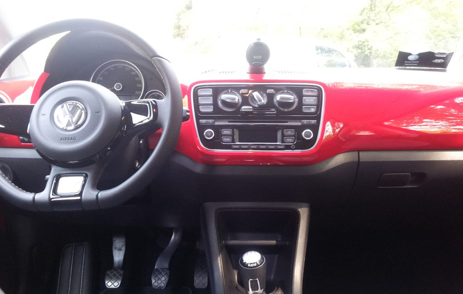 Volkswagen cross up! interni 2