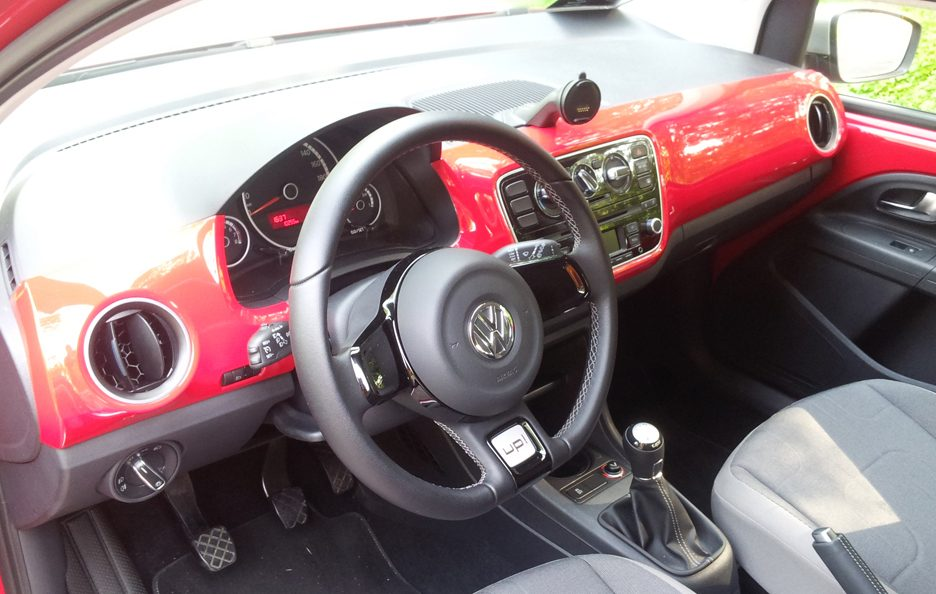 Volkswagen cross up! interni