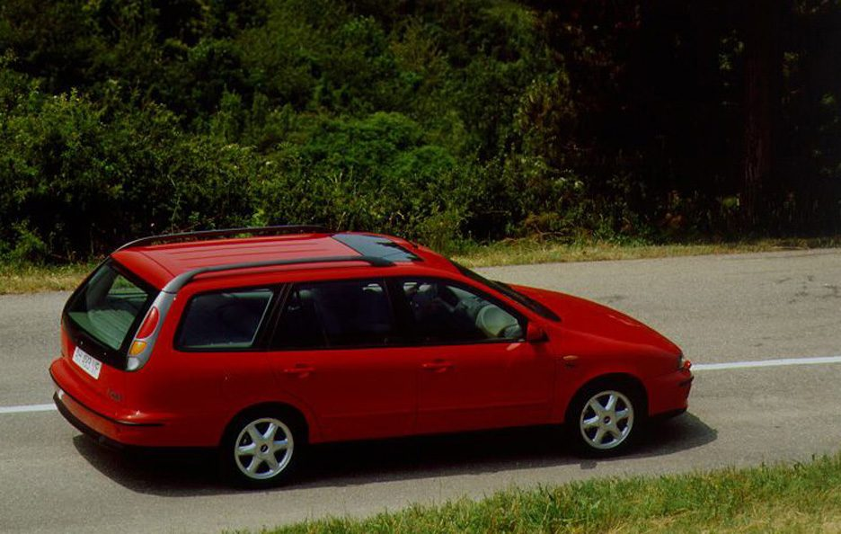 Fiat Marea Weekend tre quarti posteriore
