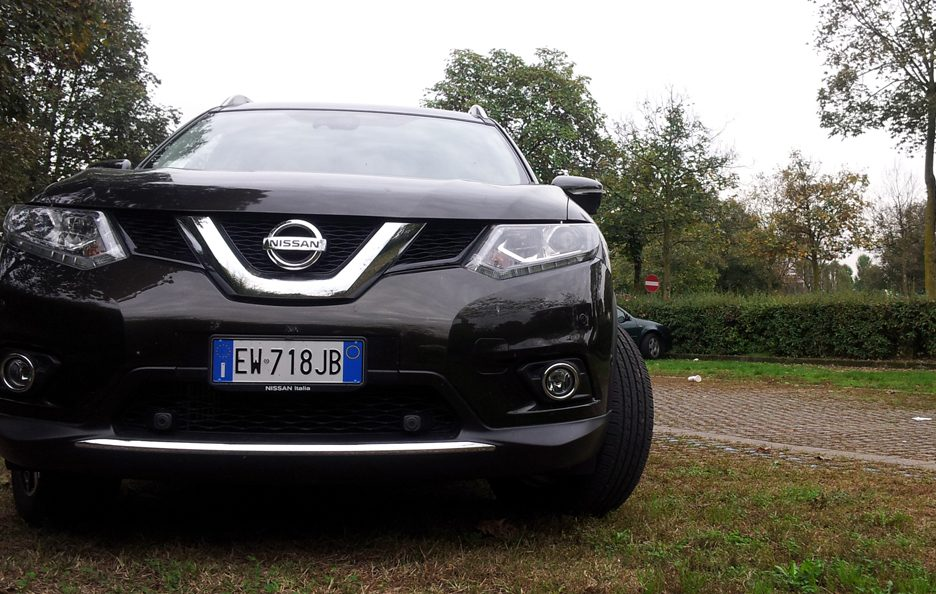 Nissan X-Trail frontale