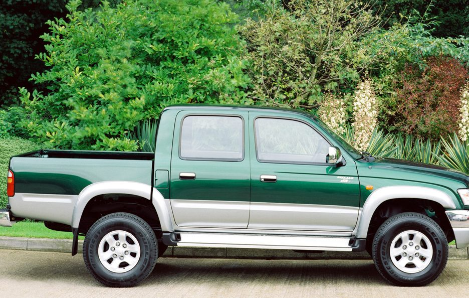 Toyota Hilux N60 restyling profilo