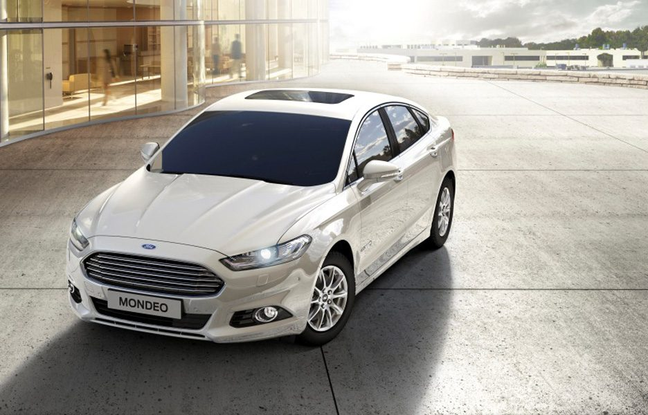 FordMondeo-Hybrid-4Door