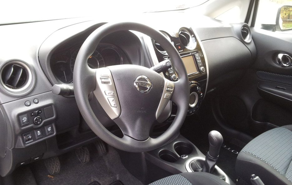 Nissan Note interni