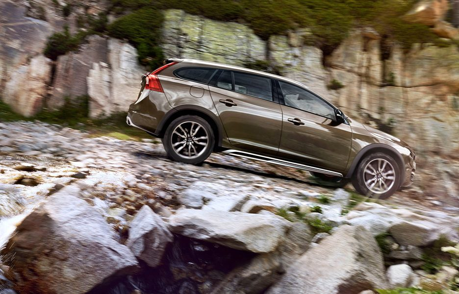 Volvo V60 Cross Country 2014