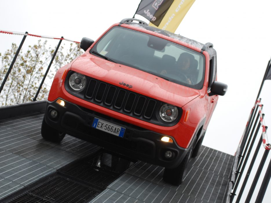 Jeep Renegade frontale 2