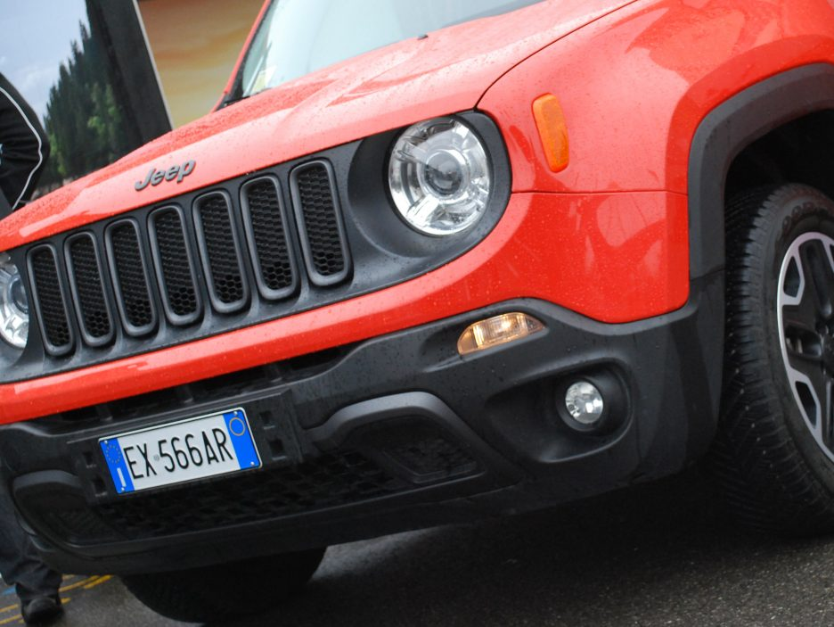 Jeep Renegade mascherina