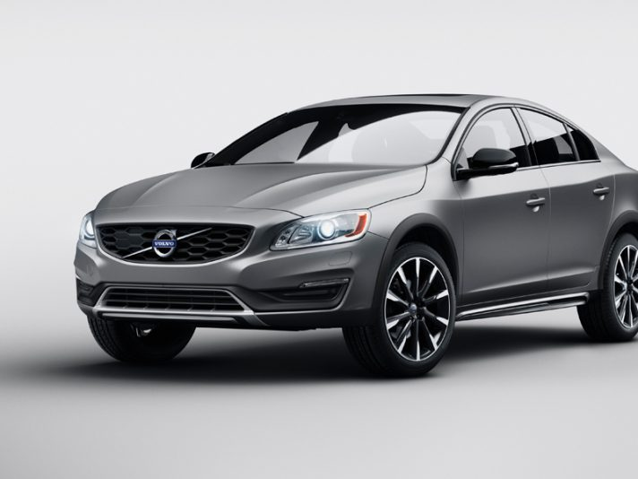 Volvo S60 Cross Country, la berlina crossover a Detroit 2015