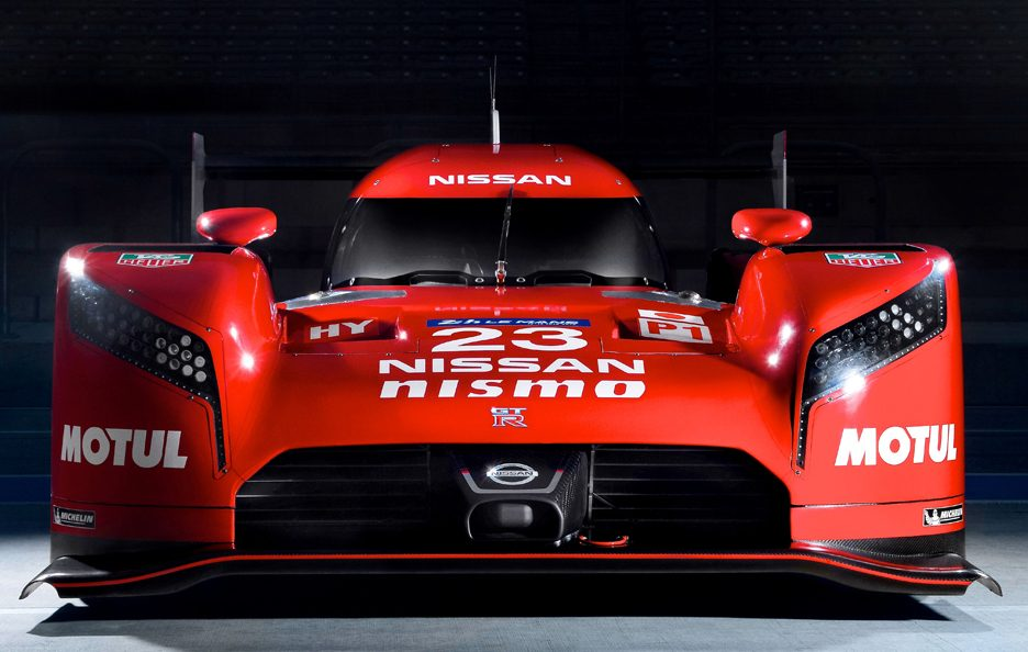 Nissan GT-R LM Nismo frontale