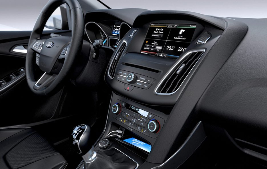 Ford Focus restyling consolle centrale