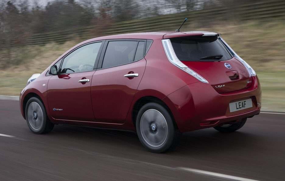 Nissan Leaf 2013 - Posteriore in motion