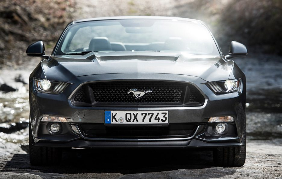 Ford Mustang Convertible frontale