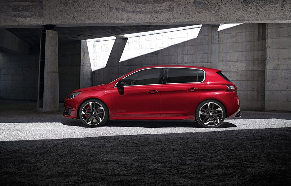 peugeot 308 gti by peugeot sport news panoramauto. Black Bedroom Furniture Sets. Home Design Ideas