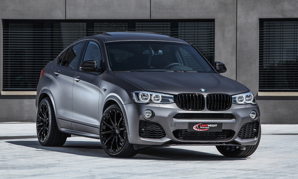 bmw x4 by lightweight tuning panoramauto. Black Bedroom Furniture Sets. Home Design Ideas