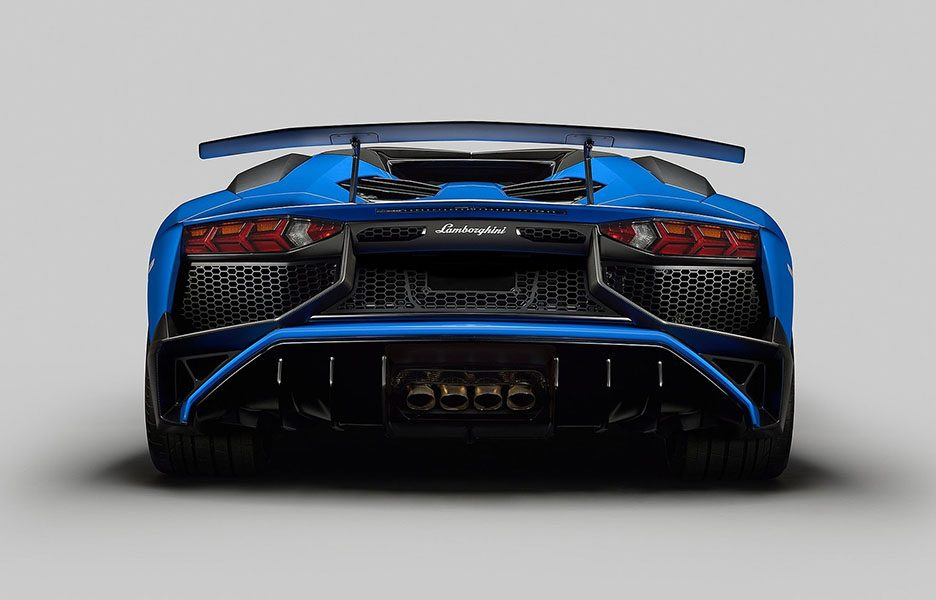 Lamborghini-Aventador_LP750-4_SV_Roadster_2016_1600x1200_wallpaper_07