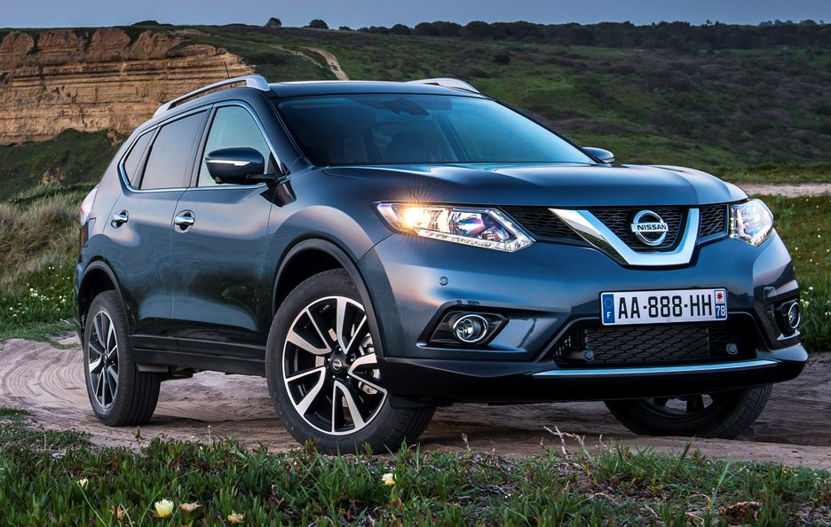 nissan x trail 2014 la svolta della iii generazione. Black Bedroom Furniture Sets. Home Design Ideas