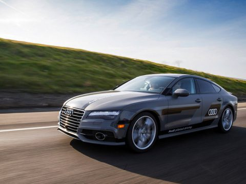 Audi-A7-piloted-driving-concept-CES-2015-387