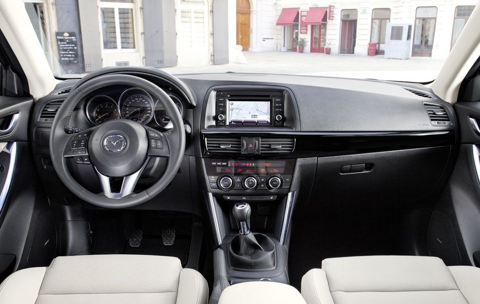 Mazda CX-5 interni