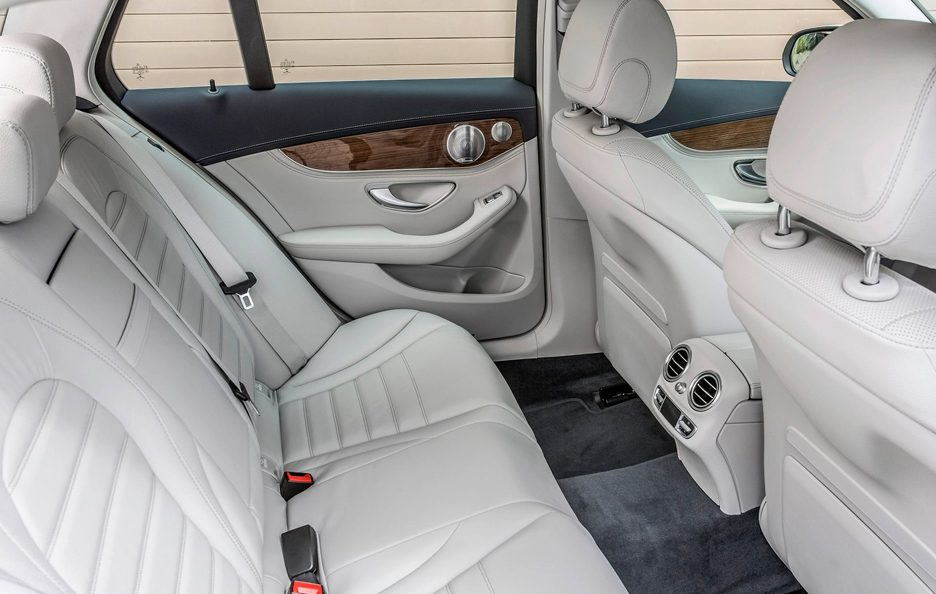mercedes classe c s w foto panoramauto. Black Bedroom Furniture Sets. Home Design Ideas